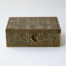 Brass box with Art Deco decoration and lock with key